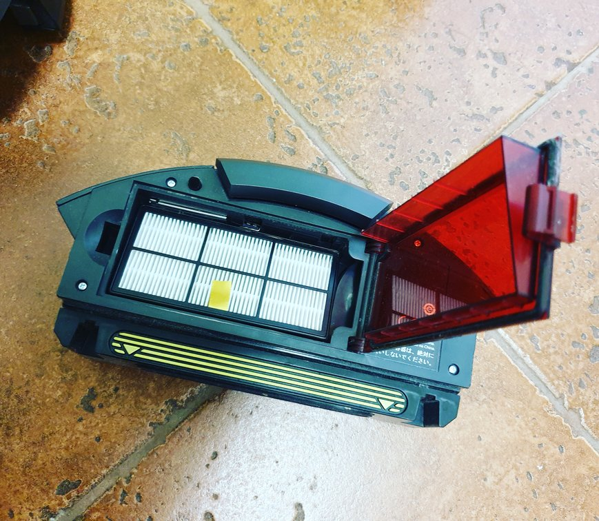 iRobot 960 Review - Filter